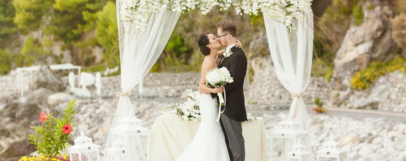 Sorpresa: in Italia i matrimoni crescono (e così pure le spese)